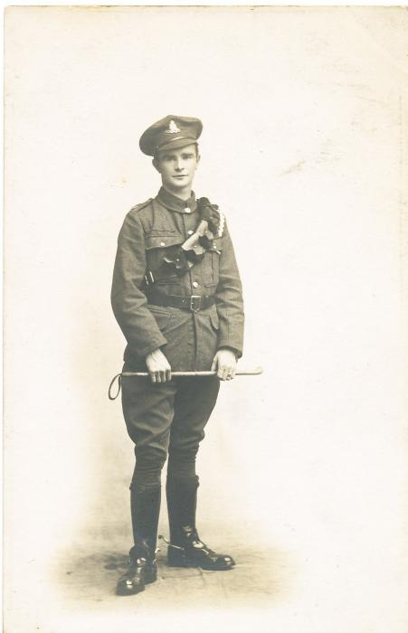 ADX/375/4 Studio photograph of a First World War soldier in uniform