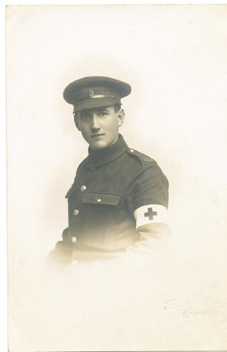 ADX/375/6 Studio photograph of a First World War soldier in uniform